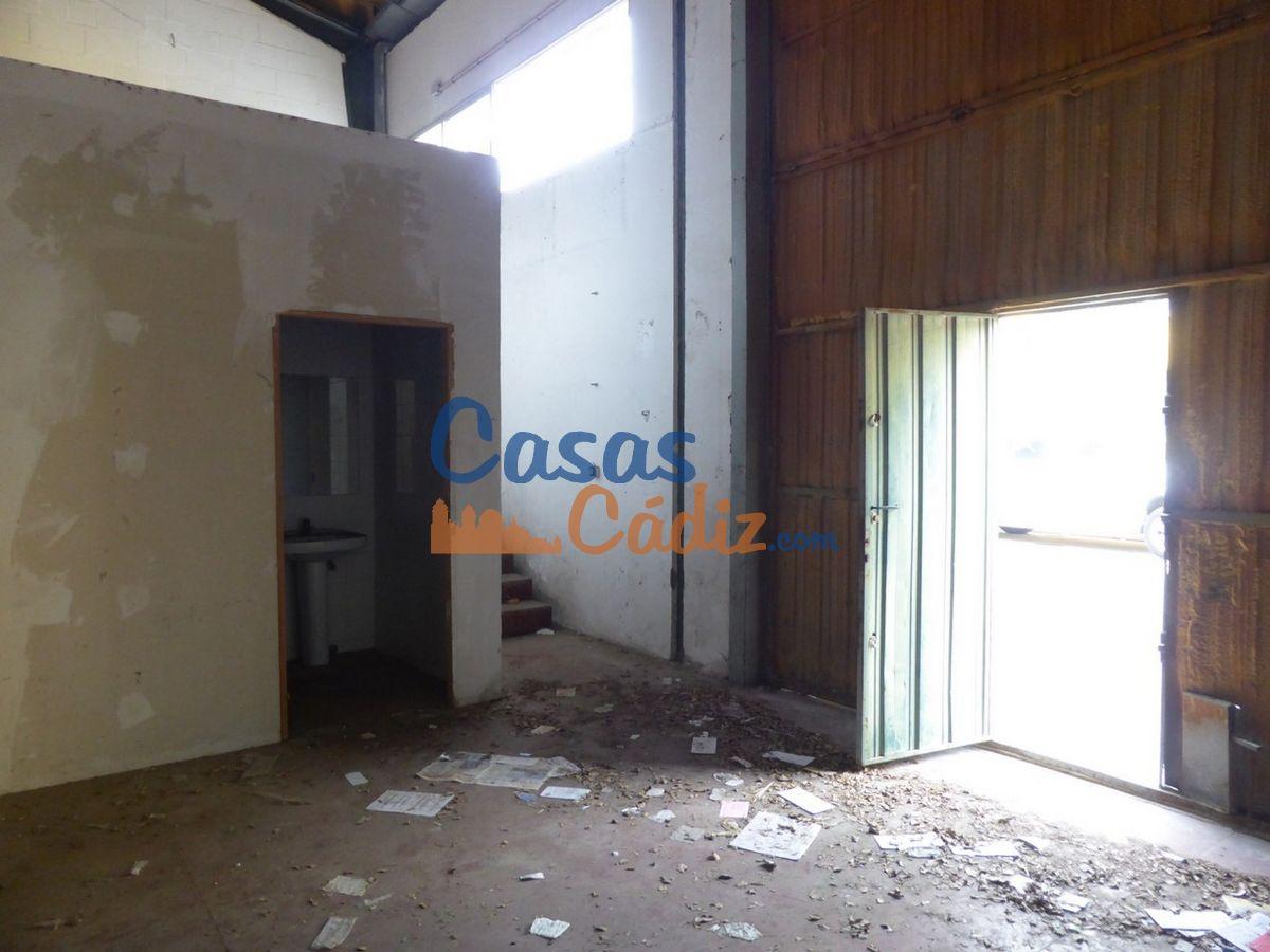 For sale of industrial plant/warehouse in El Puerto de Santa María