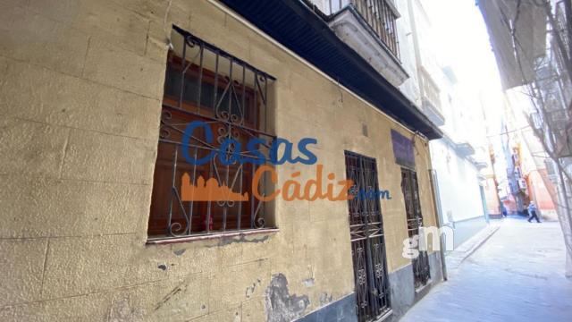 For sale of commercial in Cádiz