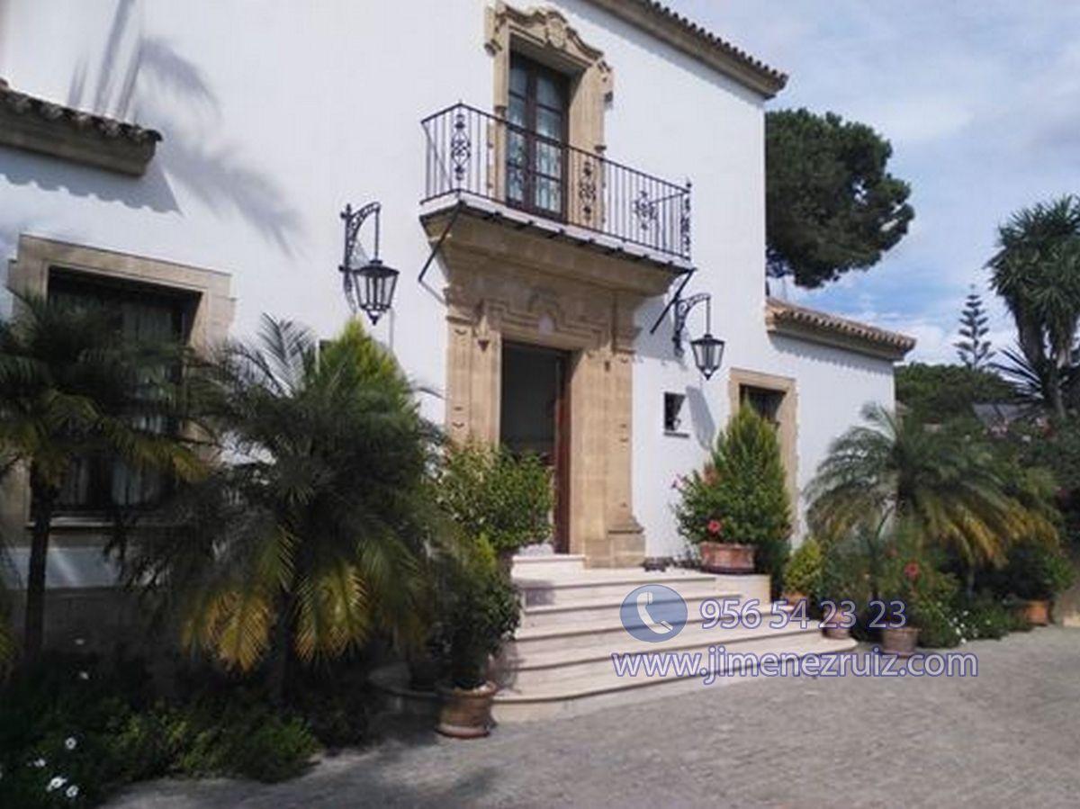 For sale of chalet in El Puerto de Santa María