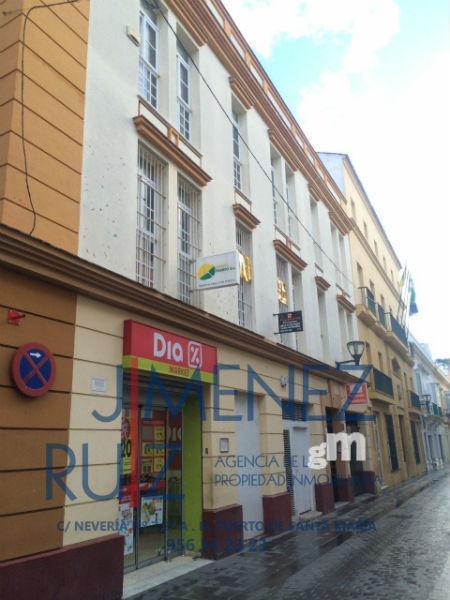 For sale of office in El Puerto de Santa María