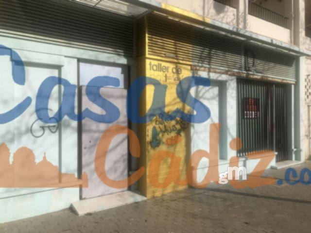 For sale of commercial in Chipiona