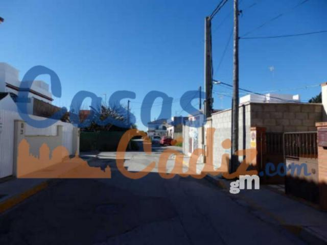 For sale of land in Chipiona