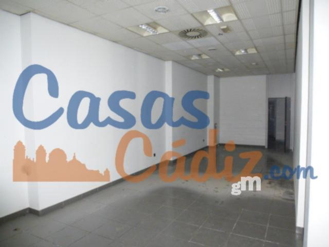 For sale of commercial in Cádiz