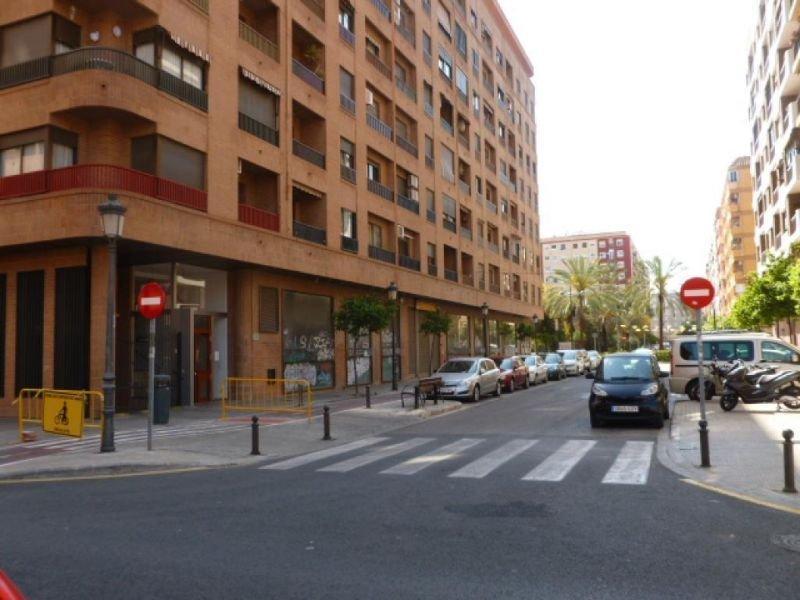 Venda de local comercial em Valencia