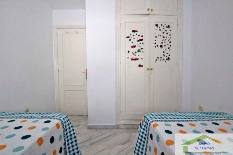 For sale of flat in Almuñécar