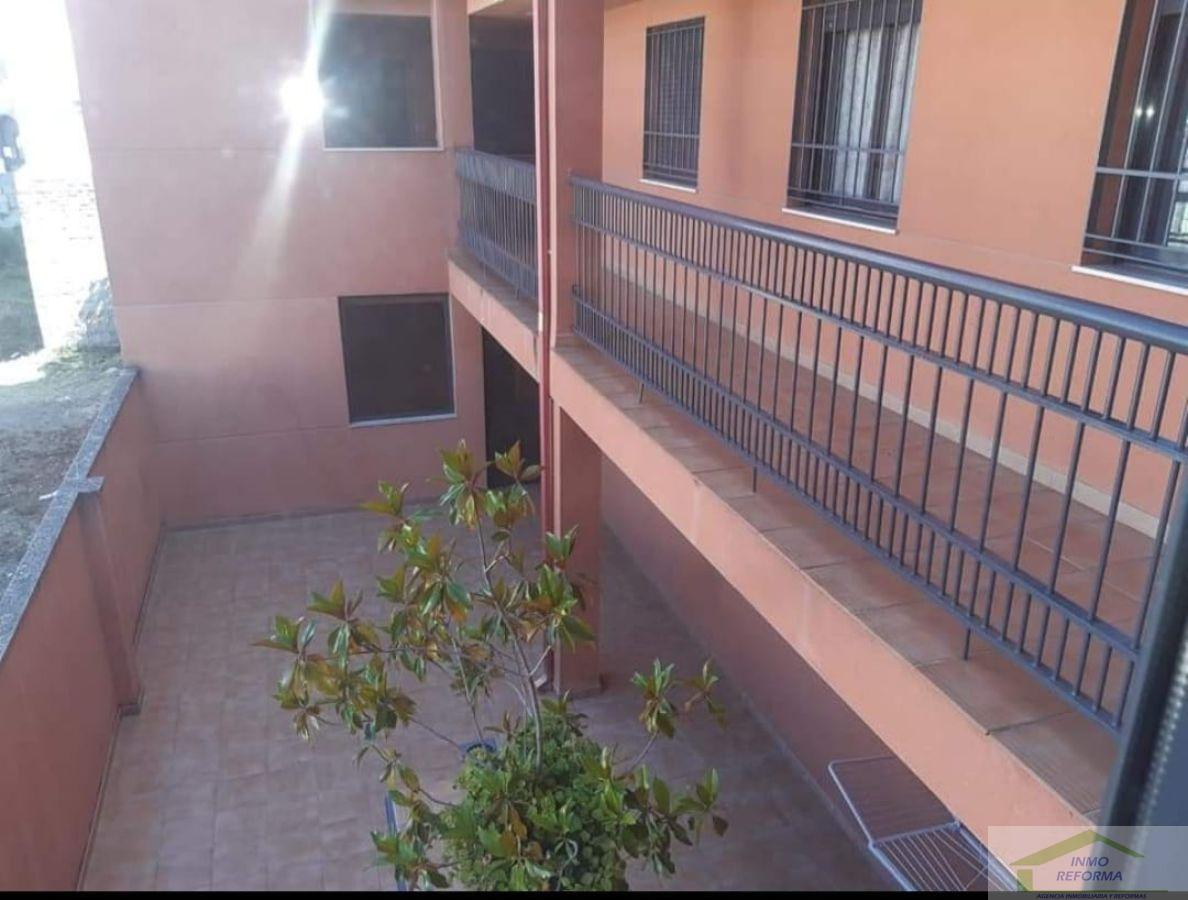 For rent of flat in La Zubia