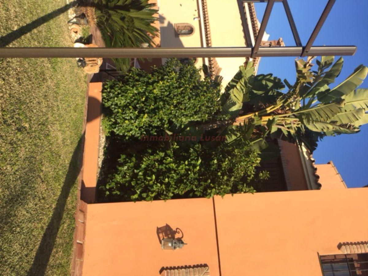 For sale of chalet in Alhaurín de la Torre