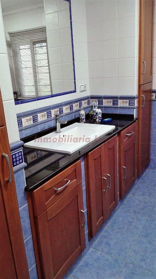 For sale of house in Álora