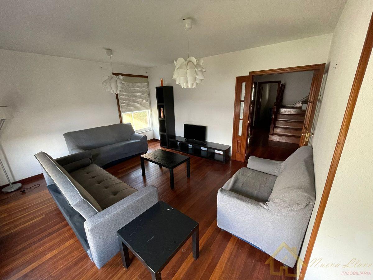 For sale of duplex in Lugo