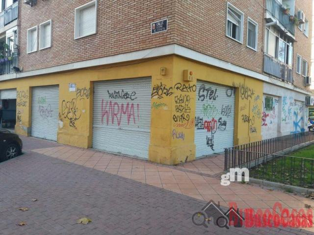 For sale of commercial in Murcia