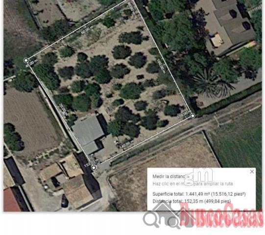 For sale of land in Los Dolores