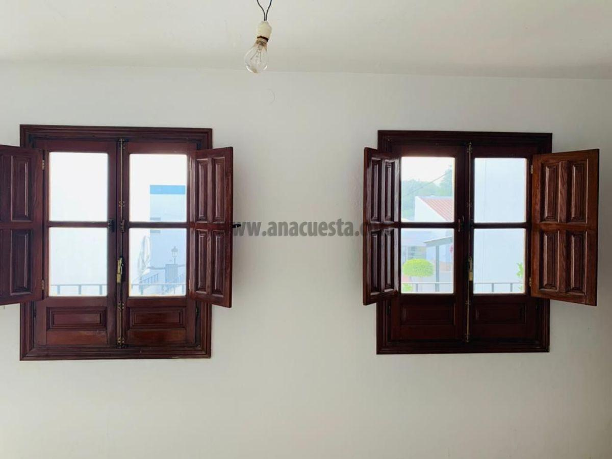 For sale of house in Manilva