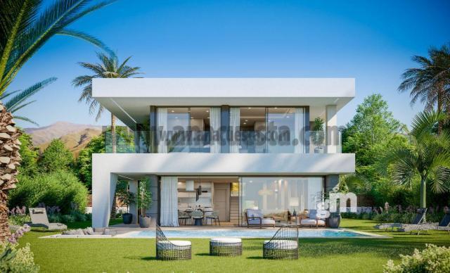 For sale of villa in Manilva