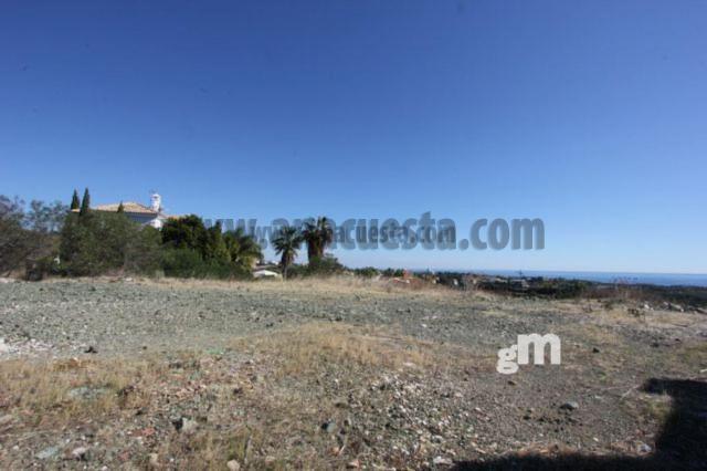 For sale of land in Benahavís