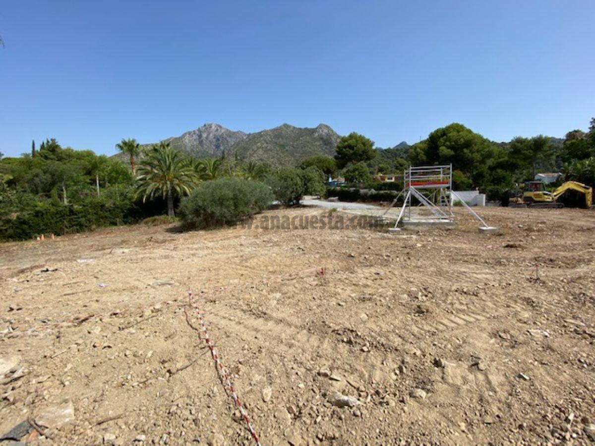 For sale of villa in Marbella