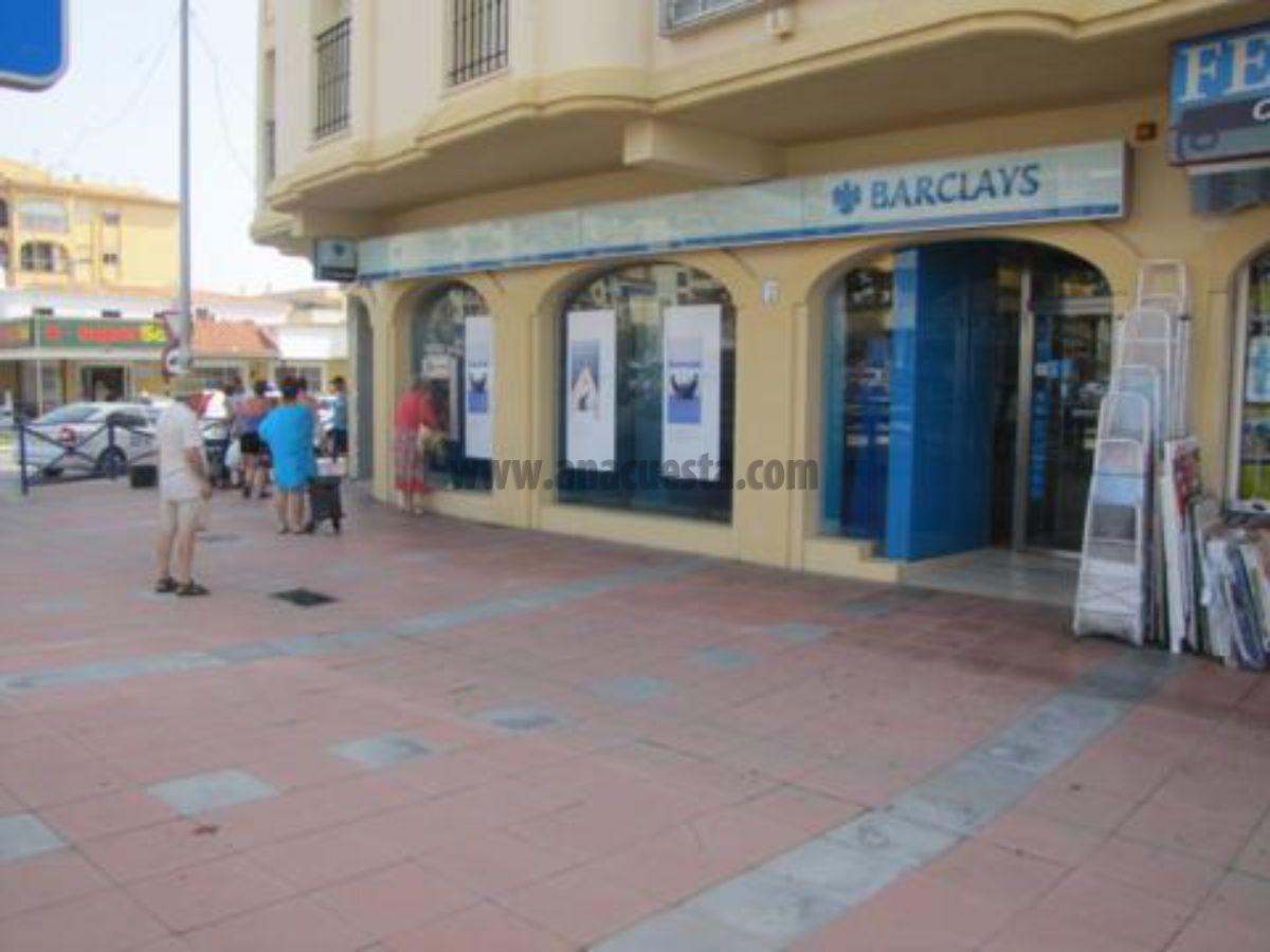 For sale of commercial in San Luis de Sabinillas