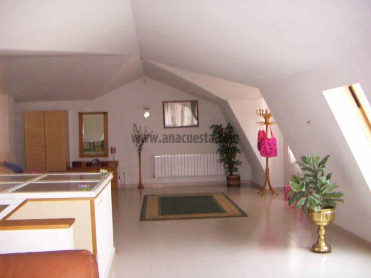 For sale of villa in Tres Cantos