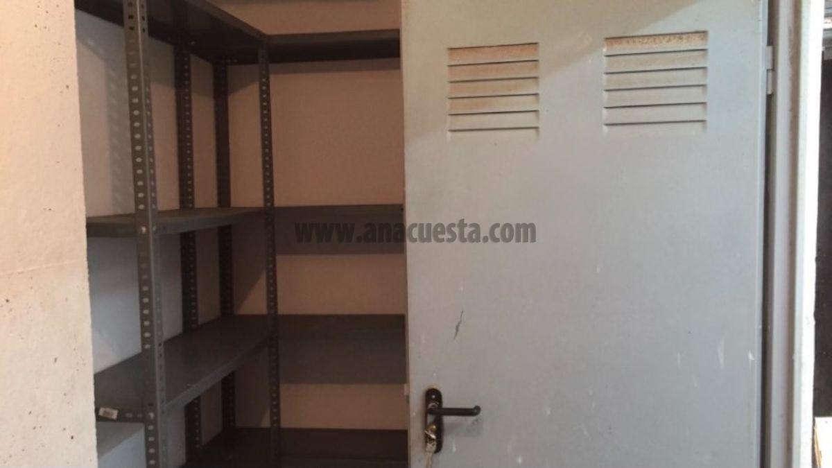 For sale of storage room in Estepona