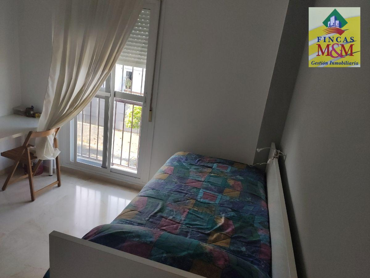 For sale of house in Espartinas