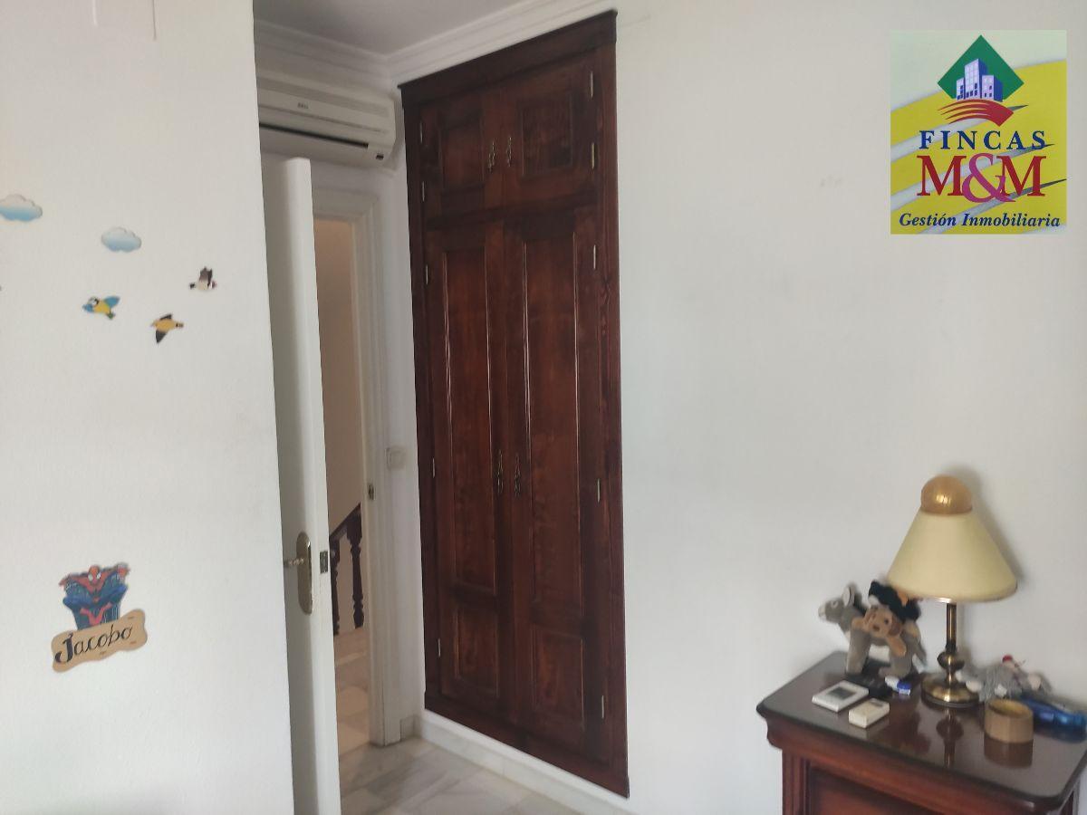 For sale of house in Valencina de la Concepción