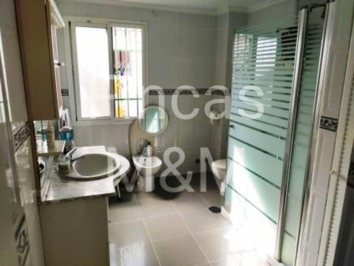 For sale of house in San Juan de Aznalfarache