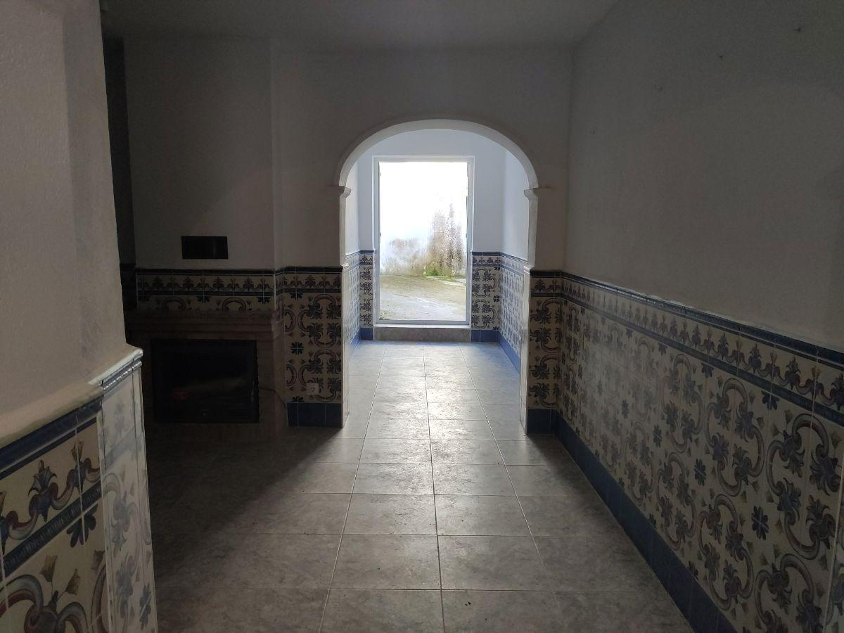 For sale of house in Cabeza la Vaca