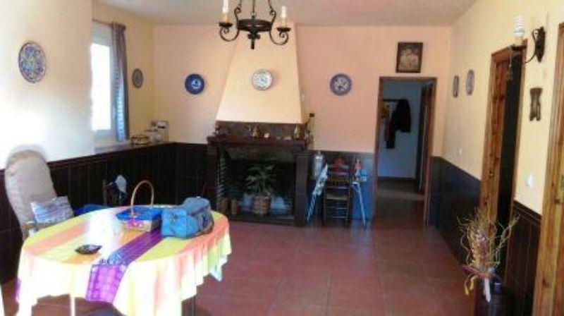 For sale of rural property in Fuentes de León