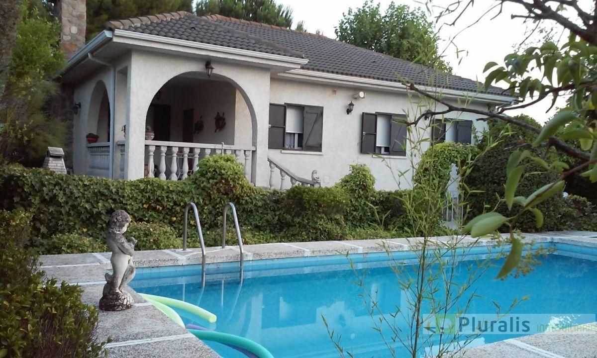 For sale of house in El Viso de San Juan