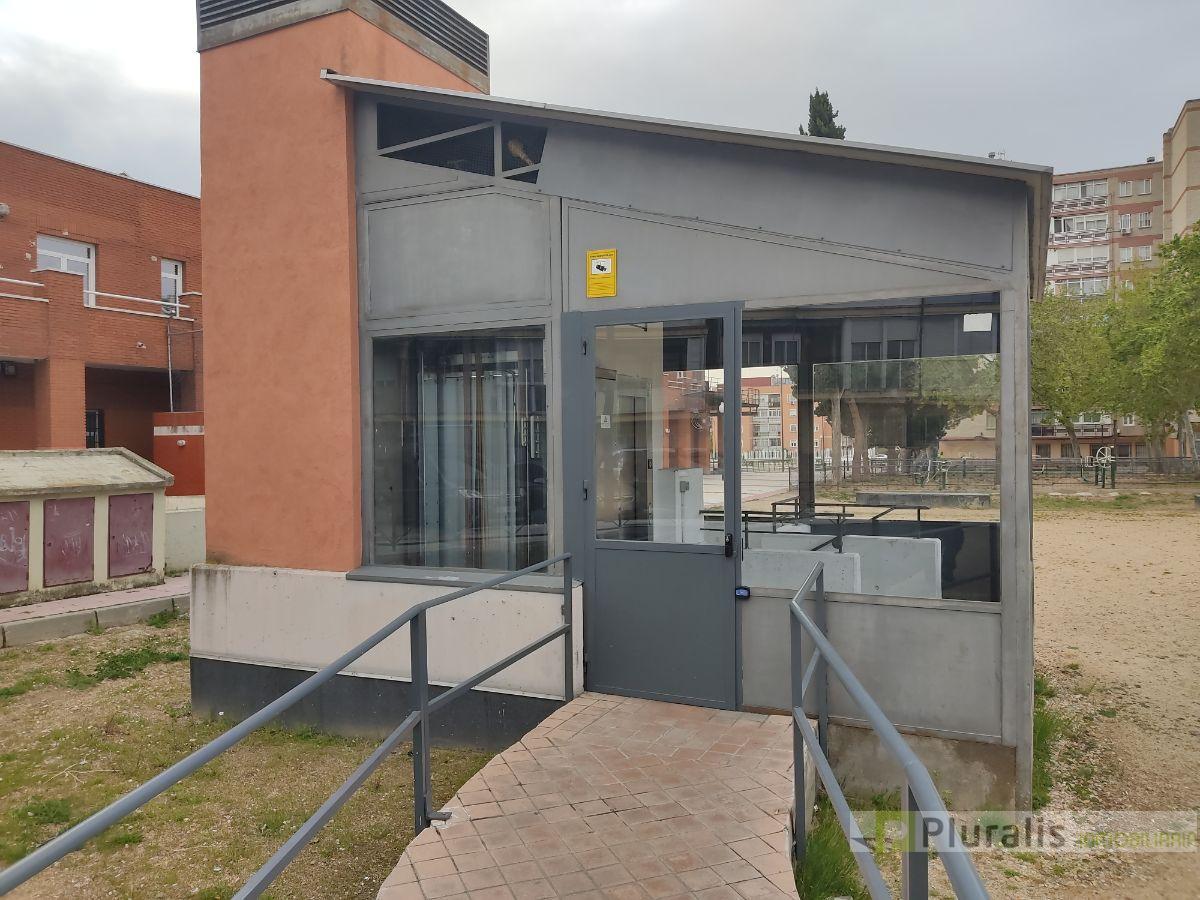 For sale of garage in Getafe