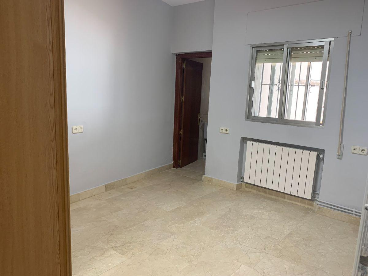 For rent of house in Pozuelo de Alarcón