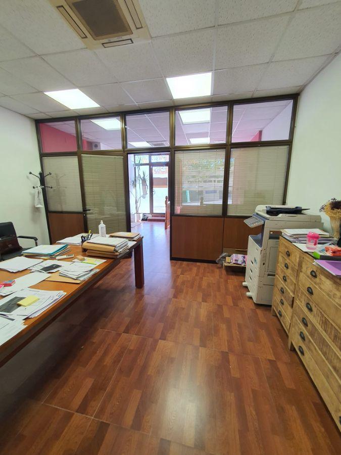 For sale of commercial in Boadilla del Monte