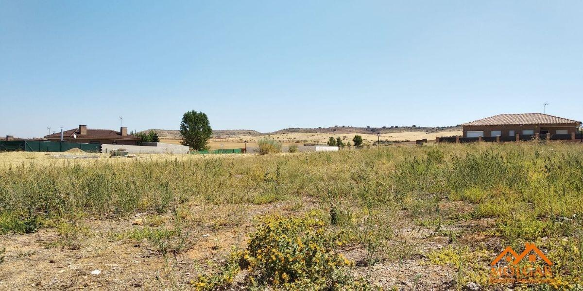For sale of land in Torrejón del Rey