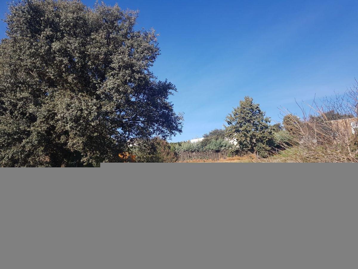 For sale of land in El Casar