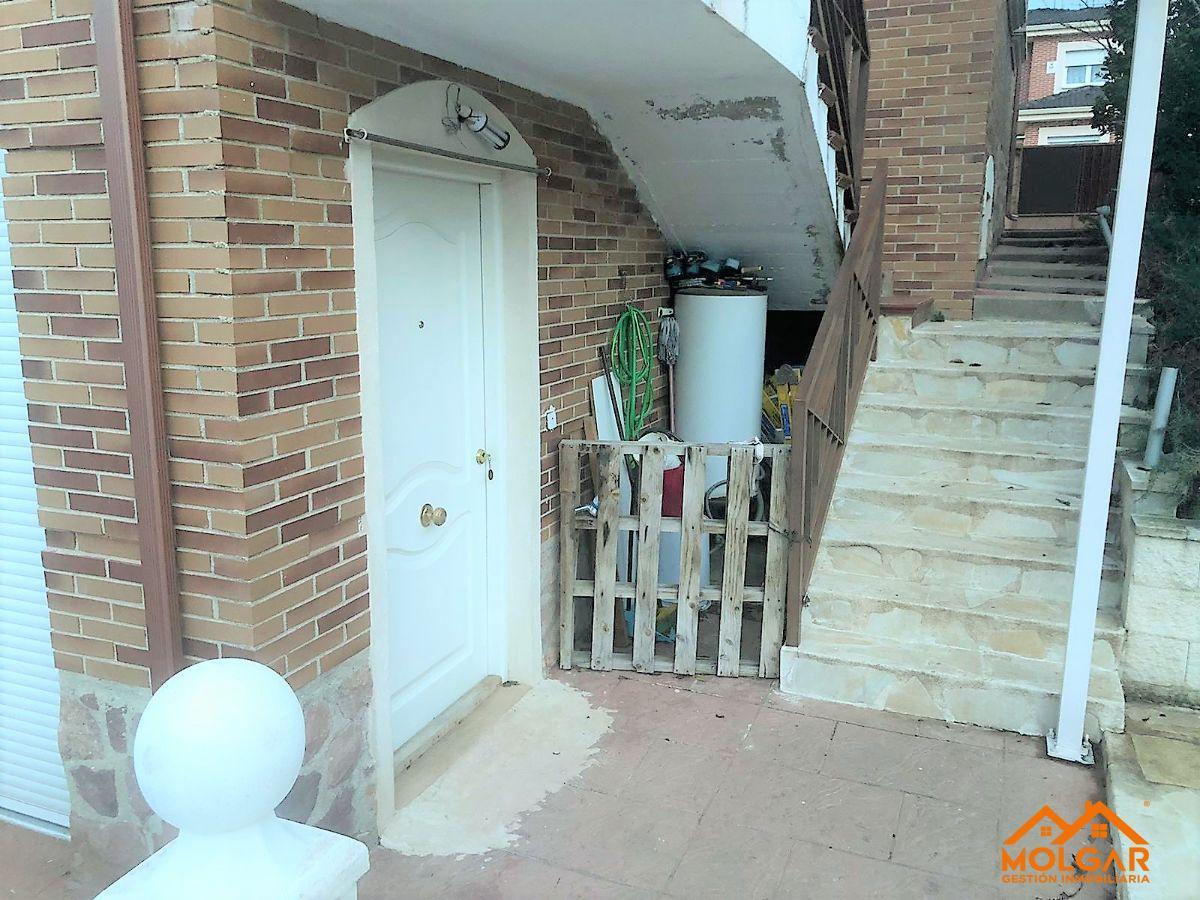 For rent of chalet in El Casar