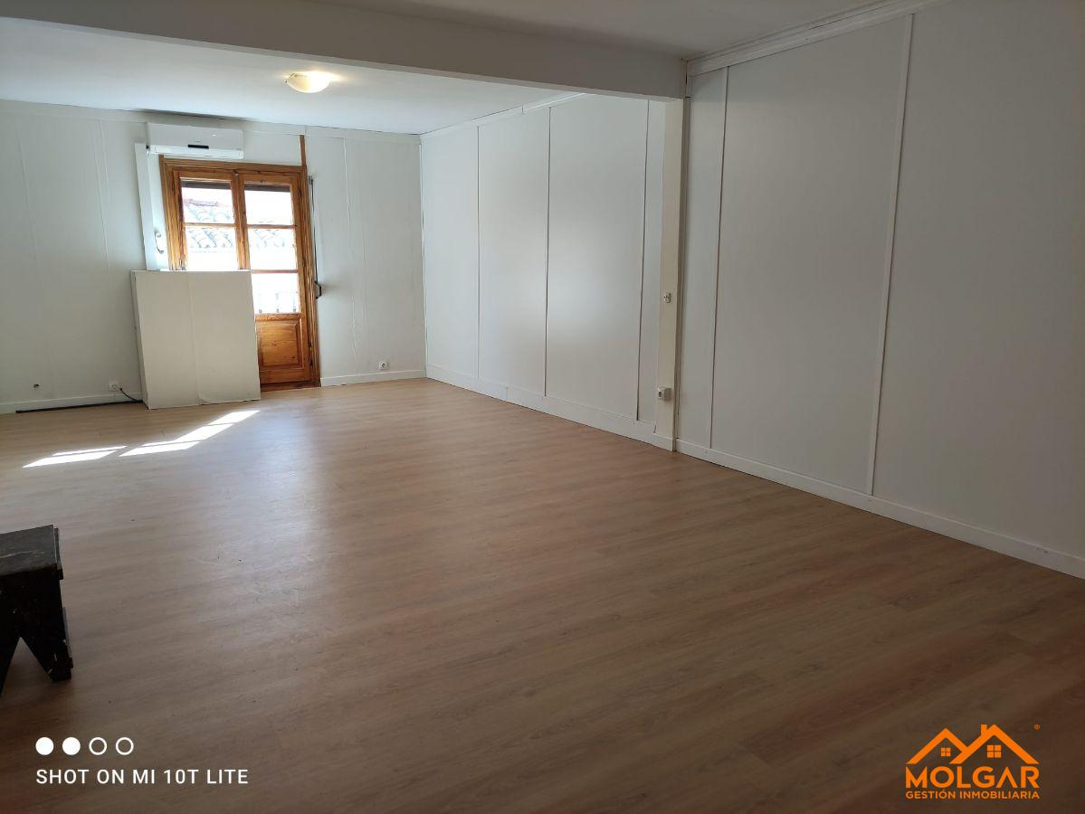 For rent of office in Alcalá de Henares