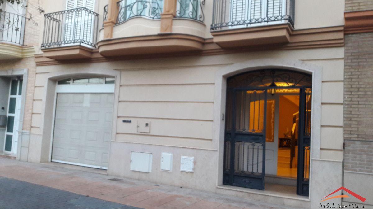 For sale of house in La Puebla de Farnals
