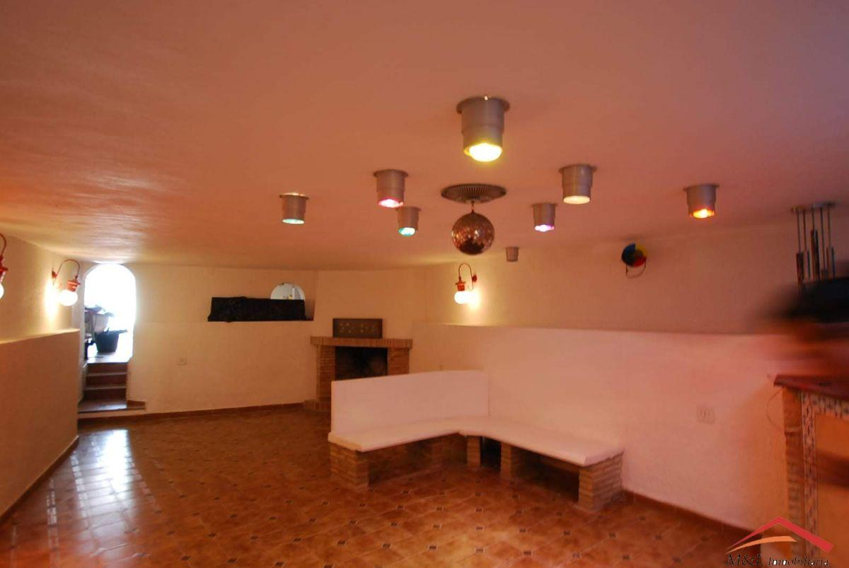 For sale of house in Puig