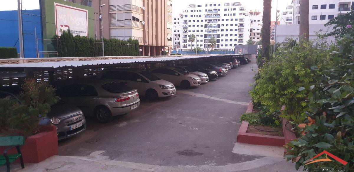 For sale of garage in La Puebla de Farnals