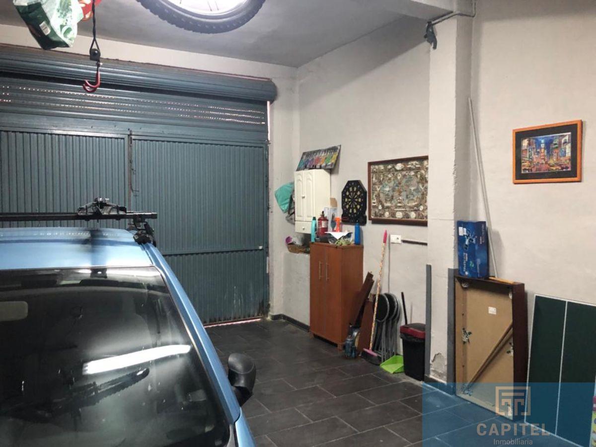 For sale of garage in Córdoba
