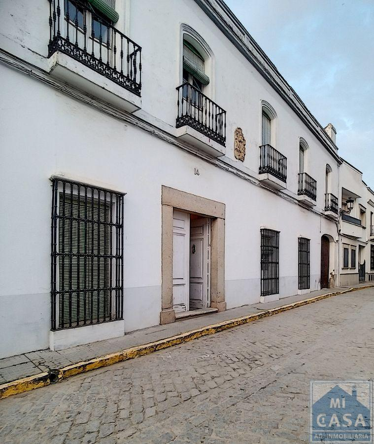 For sale of house in Guareña