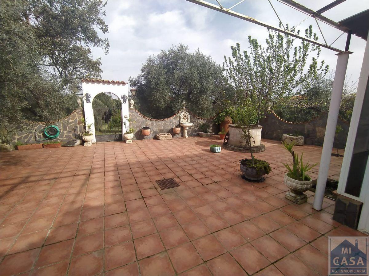 For sale of chalet in Don Álvaro