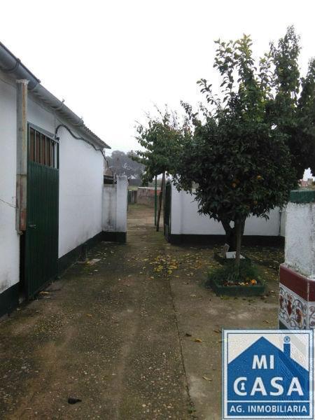 Venta de casa en Aljucén