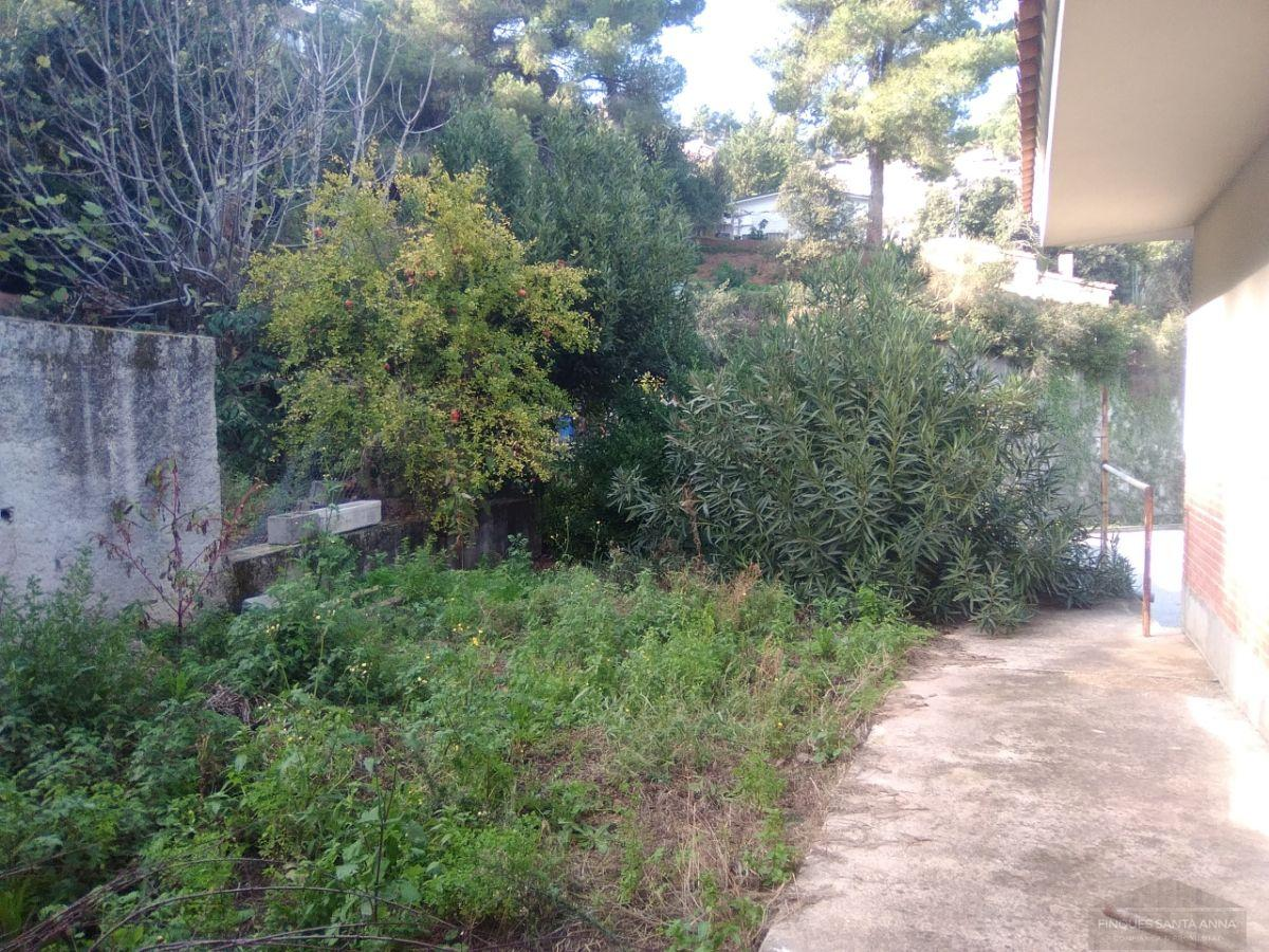 For sale of house in Argentona