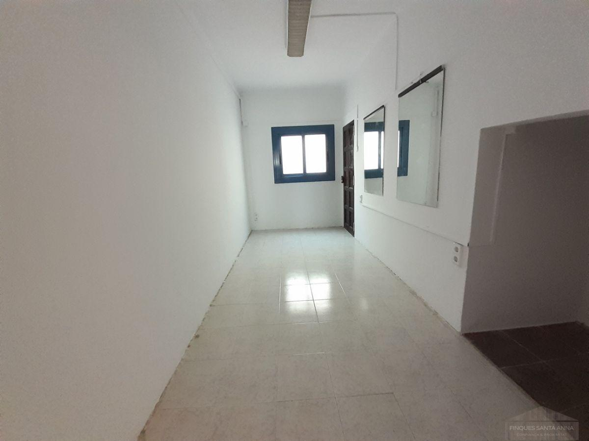 For sale of ground floor in Mataró
