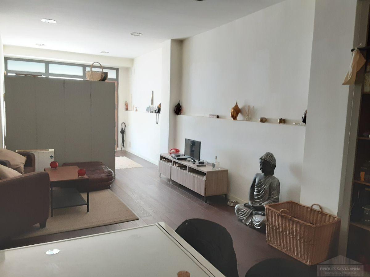 For sale of ground floor in Mataró