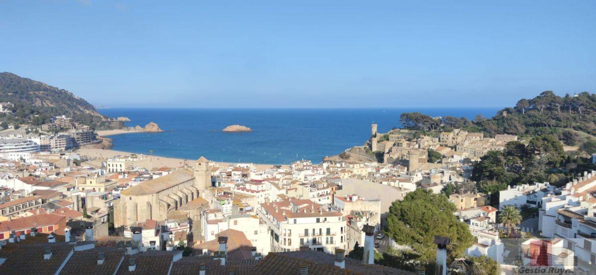 For sale of apartment in Tossa de Mar