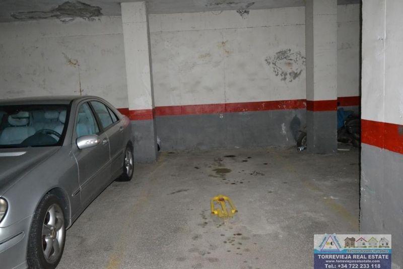 Venda de garagem em Torrevieja