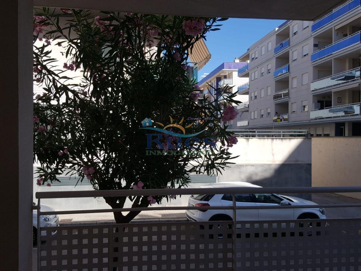 For sale of ground floor in Chilches