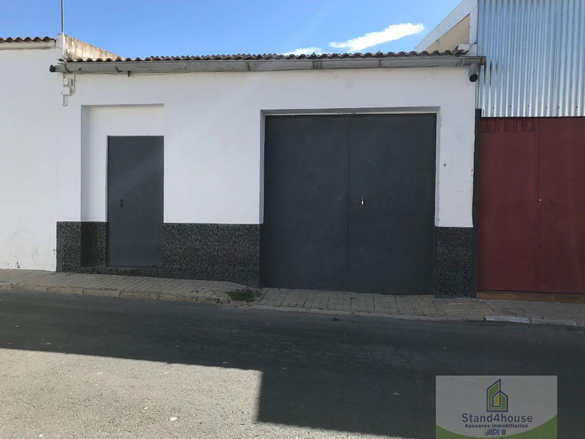 For sale of garage in Bollullos Par del Condado