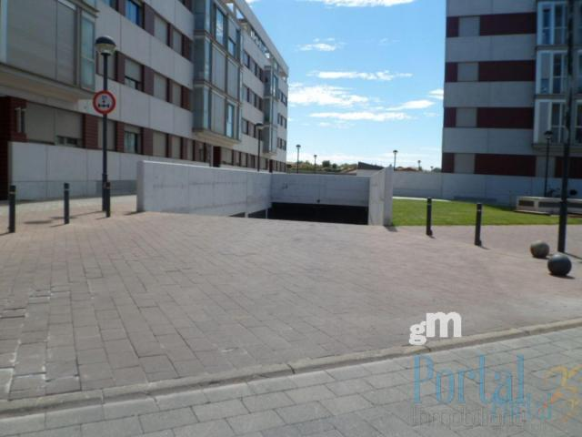For sale of penthouse in Burgos
